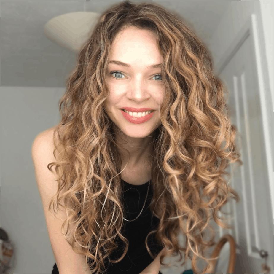 love curly hair lauren