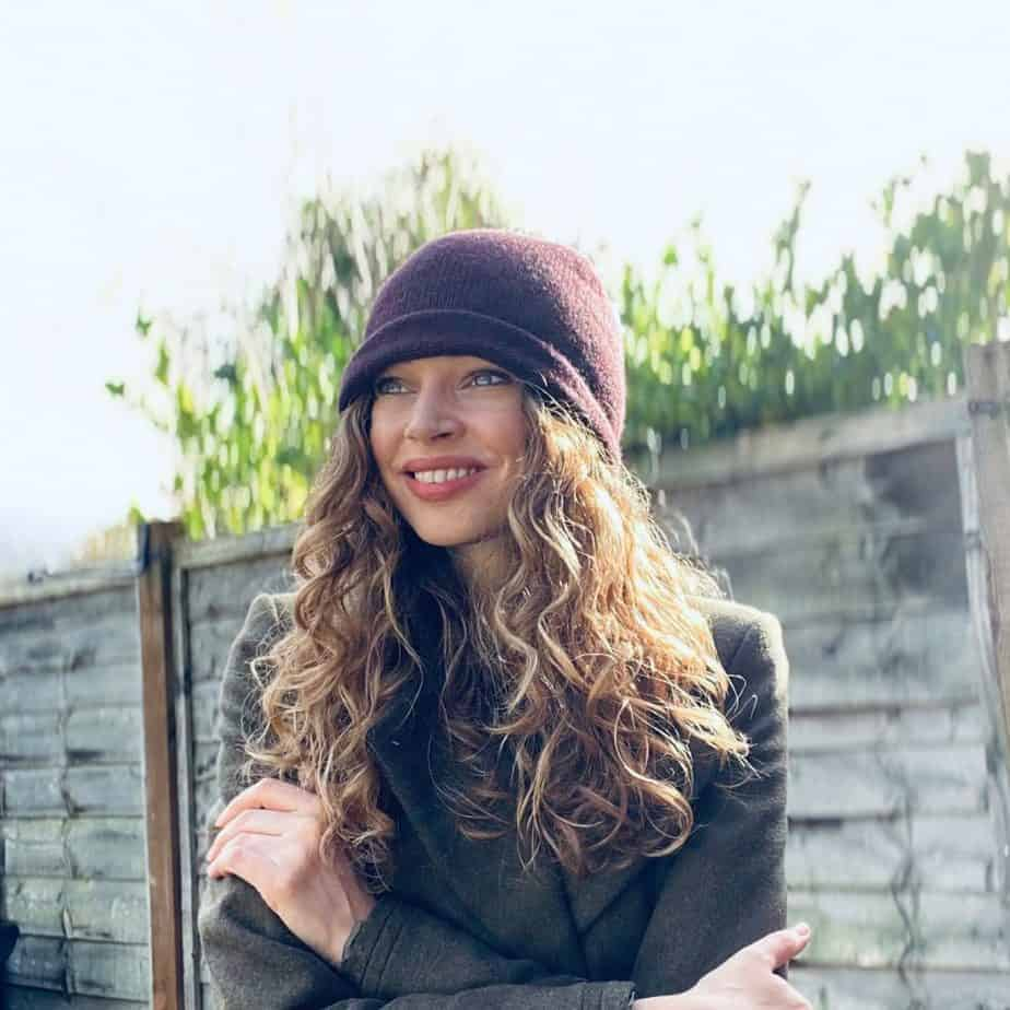 winter curly hair care woolly hat