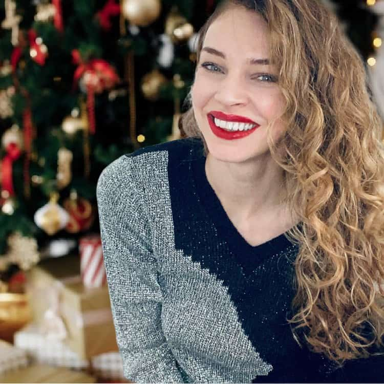 christmas gift guide curly hair