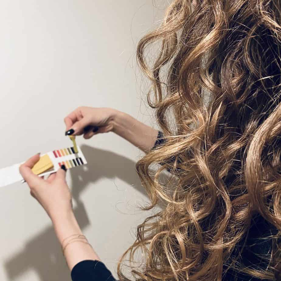 testing PH levels for curly hair health